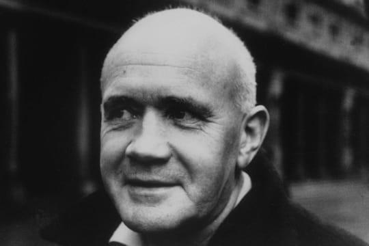 Jean Genet: biographie courte du metteur en scène des Bonnes
