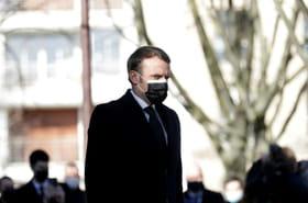 Macron rend hommage aux victimes du terrorisme