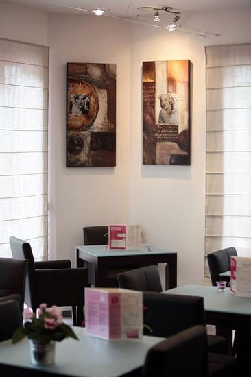 Café des Thermes  - Intérieur du Café des Thermes  -   © pix by not