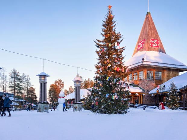 Village du Père Noël: séjour, prix, activités... Partez en Laponie!
