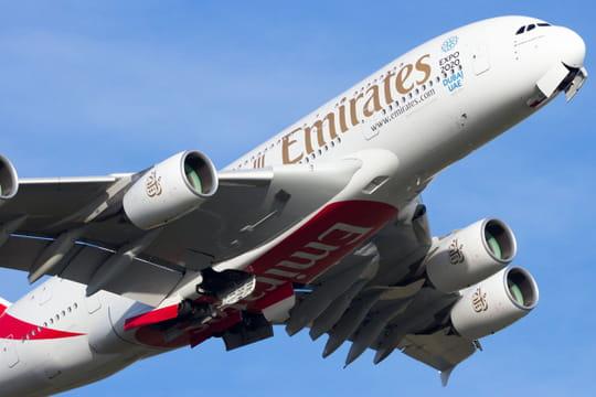 Emirates: une dizaine de passagers malades pris en charge à New York