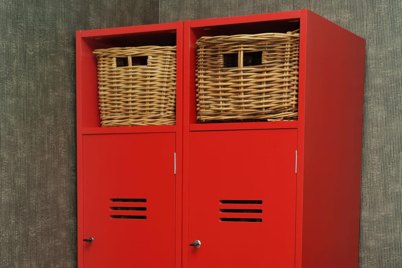 repeindre un casier mtallique amazing chaise armoire metallique ancienne with repeindre un. Black Bedroom Furniture Sets. Home Design Ideas