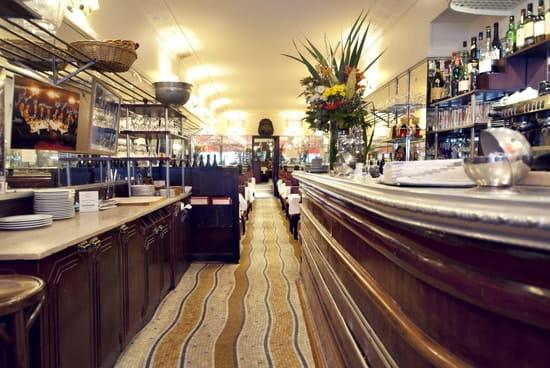 Chez Savy  - En 1923, dans la mouvance Arts-déco, le restaurant s'est métamorphosé pour devenir celui que tous le -