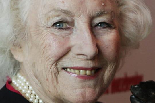 Vera Lynn: biographie d'une chanteuse britannique de légende
