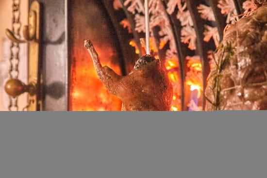 Plat : Les Amandiers  - Nous proposons des grillades à la française, à la broche -   © Copyright