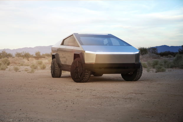 Tesla a dévoilé son pickup électrique