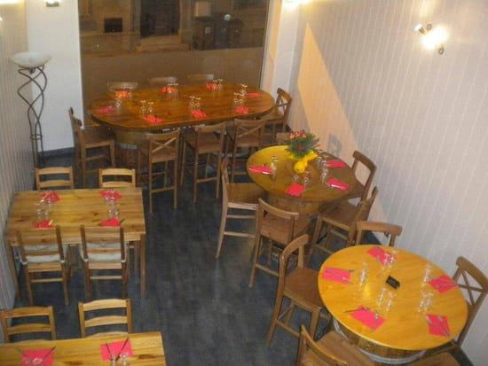 Restaurant : La Pizzéria chez Roukinou  - Voici notre salle pour une degustation sur place -