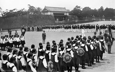 l'équipe japonaise défile pendant la cérémonie d'ouverturedes jeux olympiques