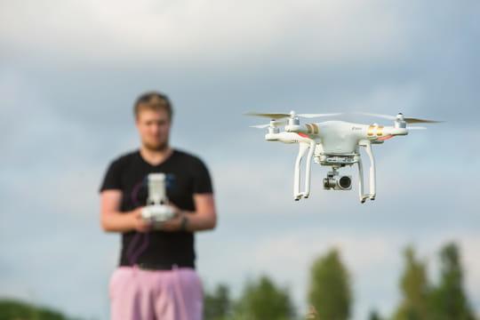Des cours de pilotage de drones pour les élèves en difficulté