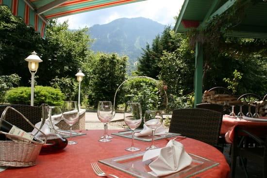 Le Chalet d'Eglantine  - Terrasse -   © Hotel Florimont