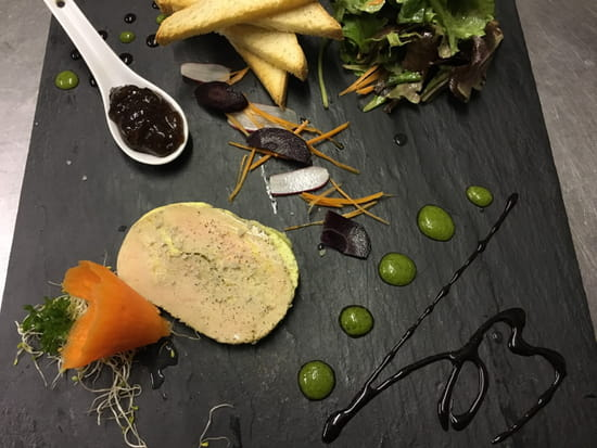 Entrée : Le Makia  - Toast de foie gras -   © bruno hernandez