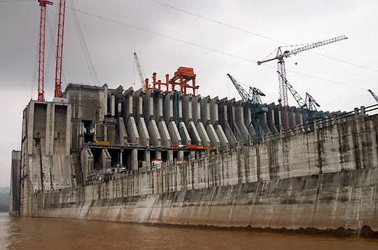 Le barrage en construction