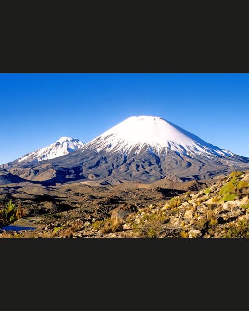 Le volcan Parinacota, côté Chili