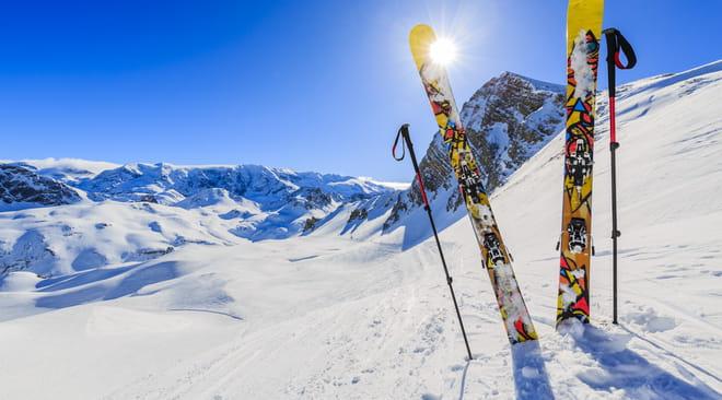 Alpes du Nord: stations de ski, montagnes, villes, lacs, le guide