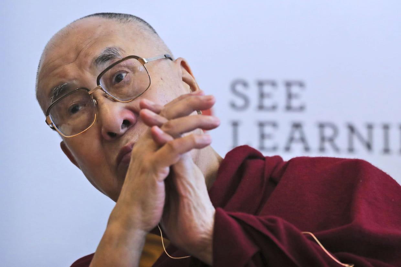 Le dalaï lama hospitalisé après des douleurs à la poitrine