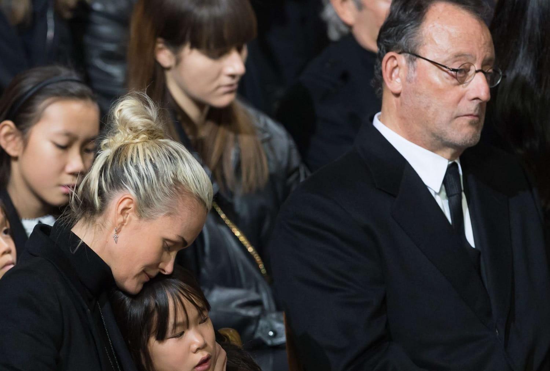 Jean Reno: un vrai soutien de Laeticia Hallyday et de la famille de Johnny?