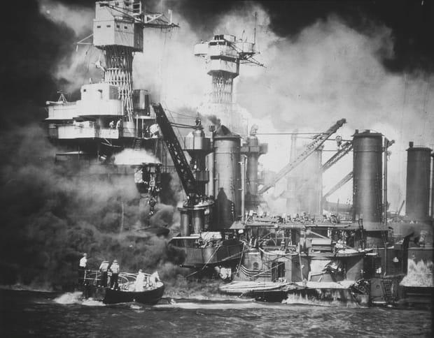 Sauvetage d'un marine de l'USS West Virginia