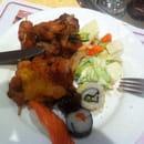 Entrée : A la Cigogne  - Sushi, maki, salade, brochette de poulet, porc au caramel... -