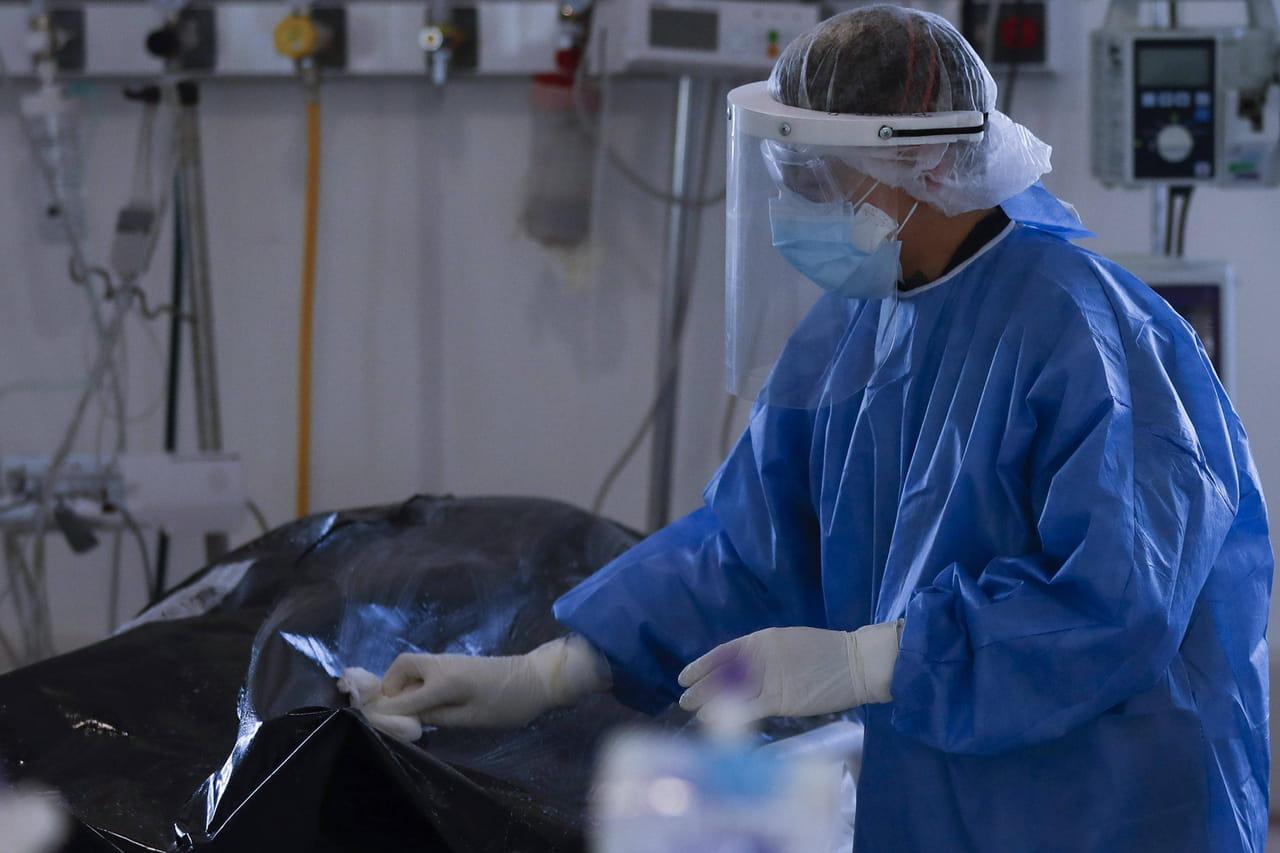 Coronavirus en France: tension hospitalière et mesures encore plus strictes pour la rentrée?