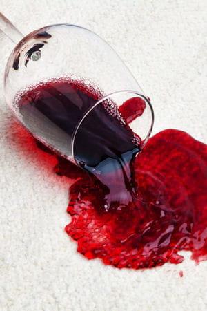 enlever une tache de vin rouge sur un tissu. Black Bedroom Furniture Sets. Home Design Ideas