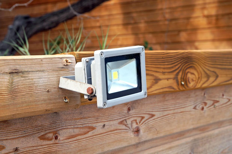 Eclairage Sous Sol Maison meilleur projecteur led : les bonnes affaires à saisir