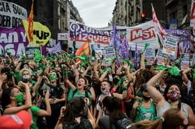 Les députés argentins légalisent l'avortement, la parole aux sénateurs