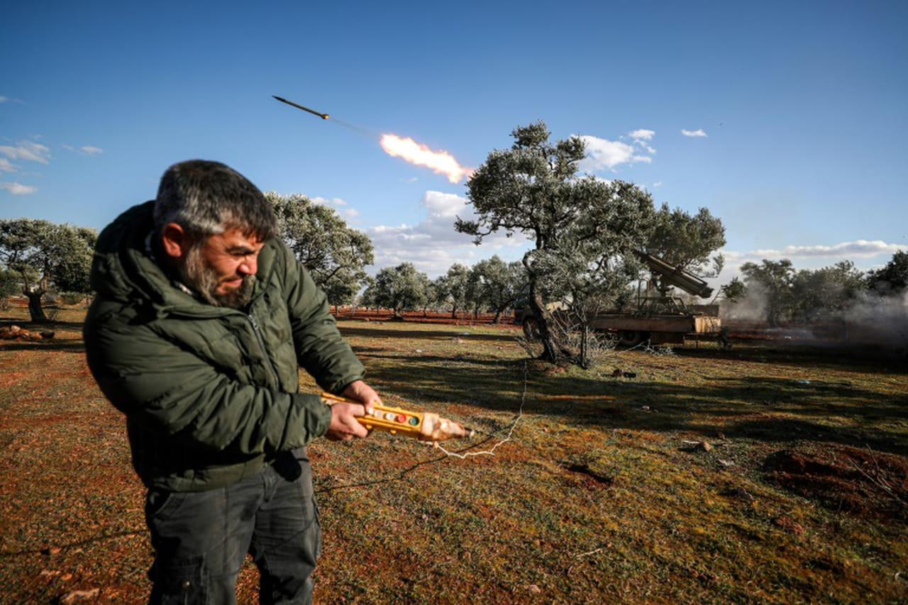 Syrie: les tensions montent à Idleb entre Damas et Ankara, l'exode de civils continue