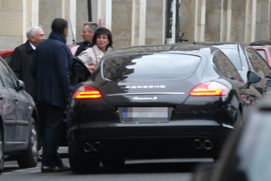 Une Porsche, un couac