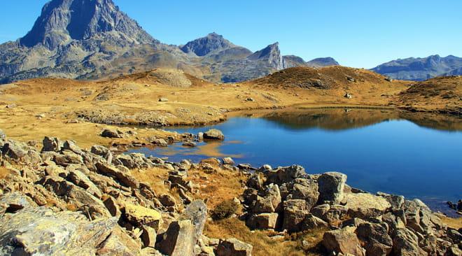 Lacs d'Ayous: tour des 6lacs, randonnée, camping, le guide