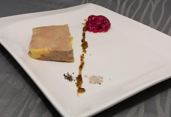 """Entrée : Le Parc  - Foie Gras """"Maison"""" avec son chutney d'oignons -   © Le Parc Restaurant"""