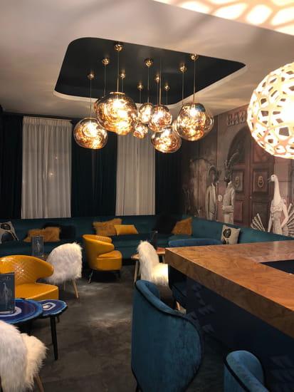 Restaurant : La Cascade Insolite  - Lounge du restaurant La Cascade Insolite -   © la cascade insolite