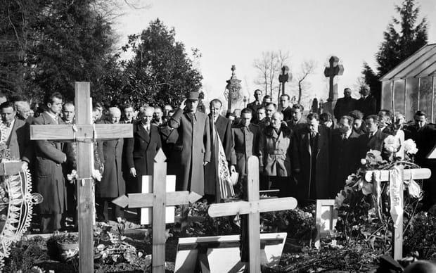 De Gaulle en 1945