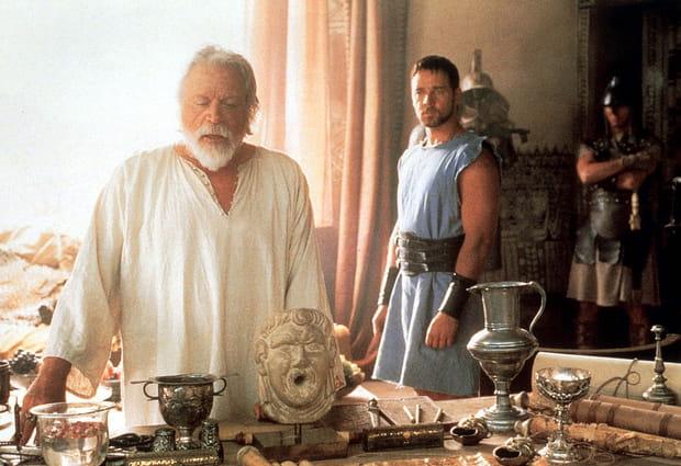 "Russell Crowe et Oliver Reed dans ""Gladiator"""