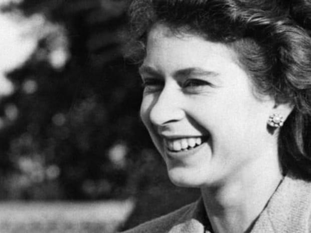 Elizabeth II, une vie de reine en images