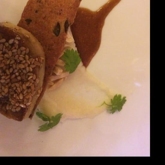 Entrée : Le Clos des Lys  - Foie gras sésame et céleri  -