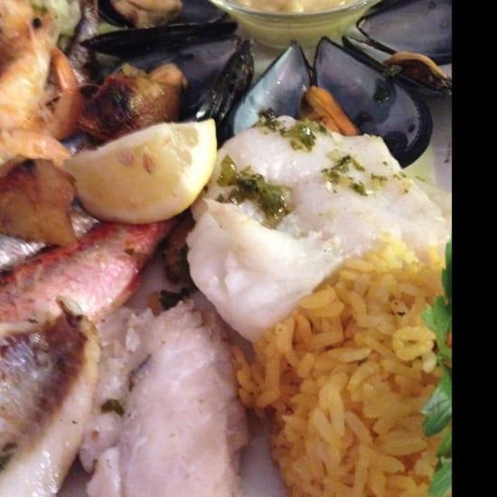 Plat : Pizzeria l'Asti  - Parillada de poisson et crustacés -