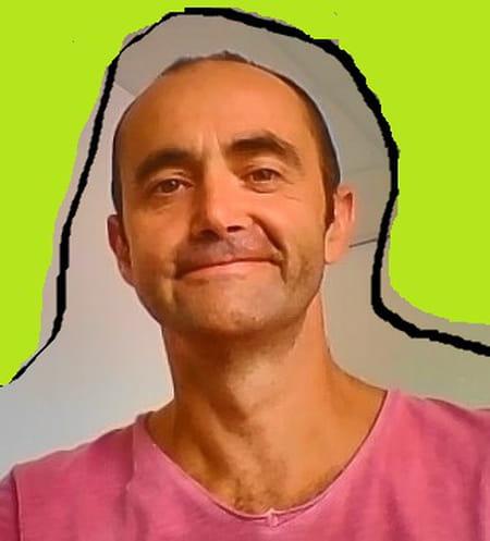 Xavier Moret