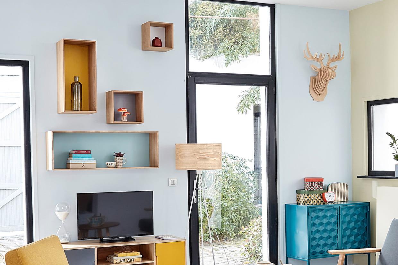 des caissons de rangement fixer au mur. Black Bedroom Furniture Sets. Home Design Ideas
