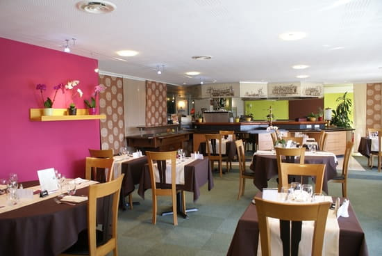 L'Orchidée - Restaurant de l'hôtel Aloé  - La salle de restaurant - L'Orchidée  - hôtel Aloé -   © Aline ROLLAND