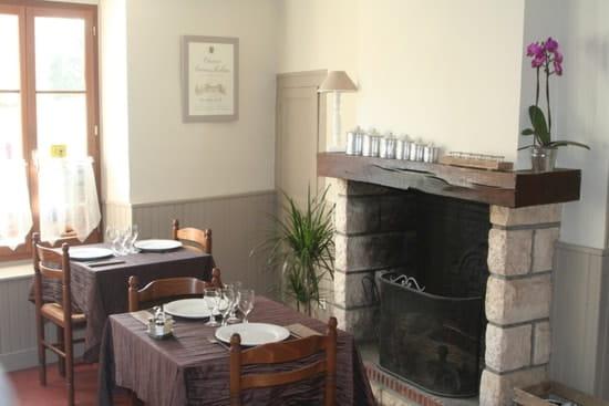 Auberge du Cheval Blanc  - Salle -   © D. Guy