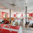 Rouge & Blanc - Les Maritonnes Parc & Vignoble  - La Salle de Restaurant -   © maritonnes