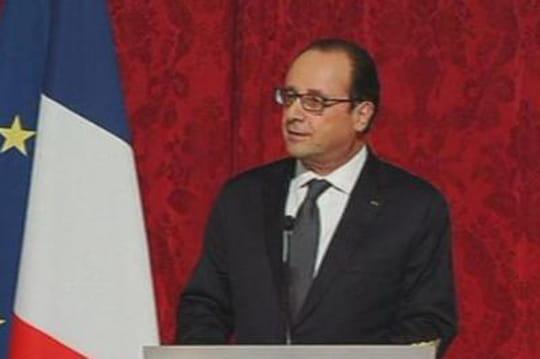 """Hollande: """"Monsieur petites blagues"""" est de retour [VIDÉO]"""
