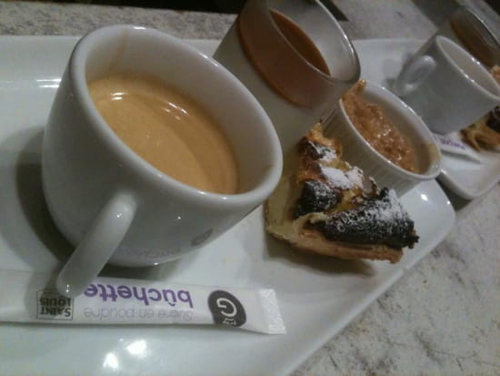 Made In Normandy  - Le café Gourmand -   © Made in Normandy