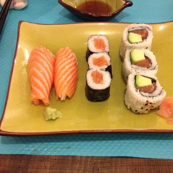 Plat : Öishi de Vienne  - Sushi, Maki & California Roll -