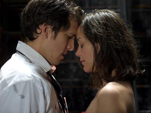 Cotillard et Canet, un couple qui déchaîne les passions et les critiques