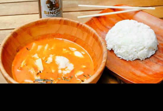 Plat : Big Buddha Exelmans  - Poulet Curry Rouge -   © Big Buddha