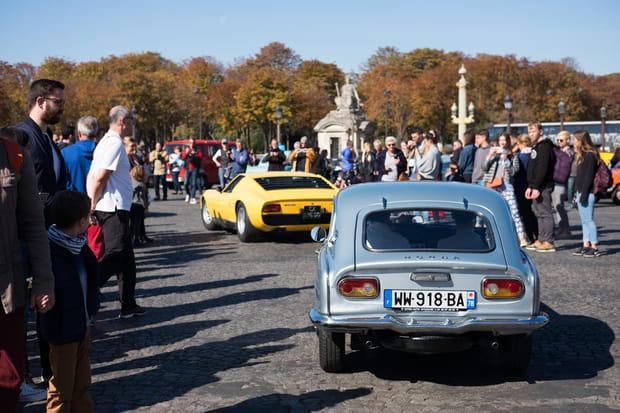 Plus de 200véhicules dans les rues de Paris