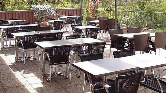 Restaurant du Golf  - La terrasse -   © Benjamin Clapier