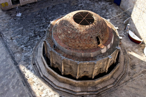 La grande fontaine d'Onofrio à Dubrovnik