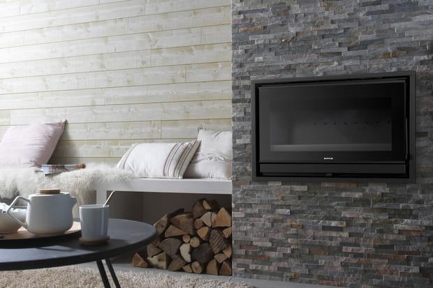 lambris et pierres de parement. Black Bedroom Furniture Sets. Home Design Ideas